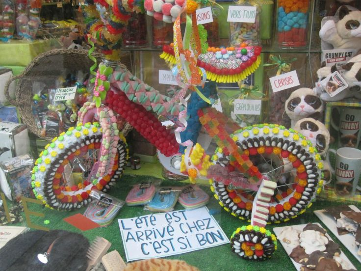 My French is a little rusty, so I may have gotten this wrong, but one passing gentleman explained to me that it's a custom to ride bikes made of candy on the streets of Old Quebec. Either that, or someone working in a candy shop had some time on his hands...