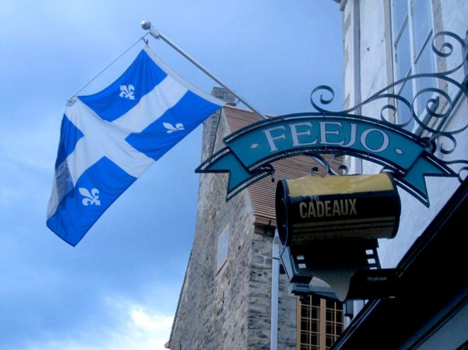 """In ancient times, camera-toting travelers inserted """"film"""" (or, in French, """"les pellicules"""") into their cameras in order to take pictures. This gift shop in Old Quebec pays tribute to that bygone custom."""